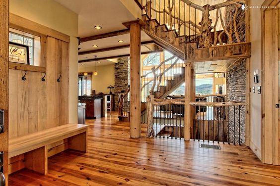 Kleinhaus Cabin Entry